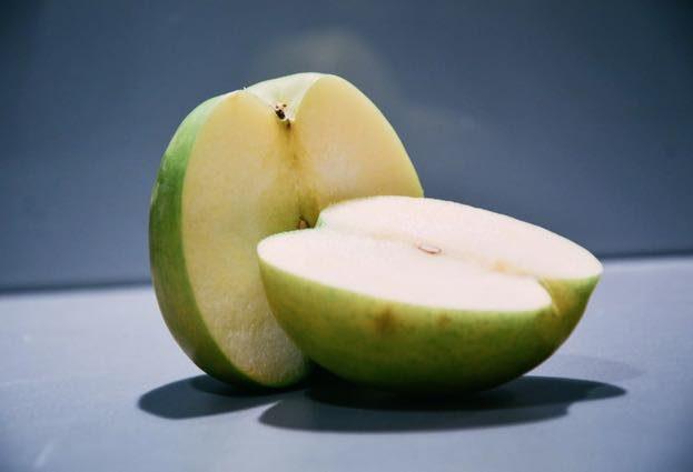 apple-623x425
