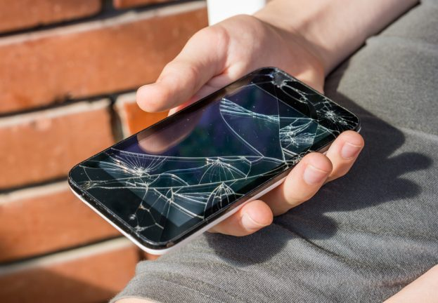 cracked_phone-623x432.jpg