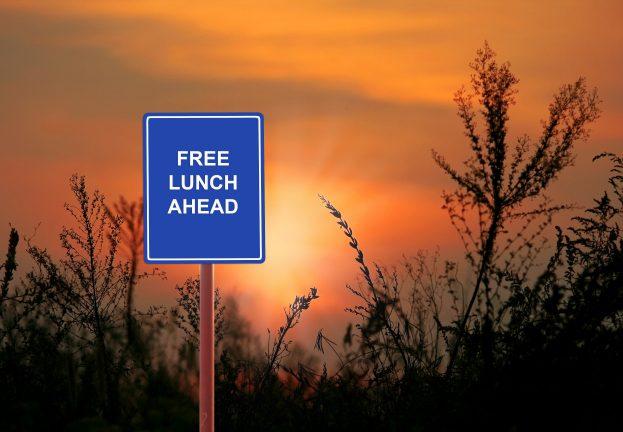 free_av_antivirus-623x432.jpg