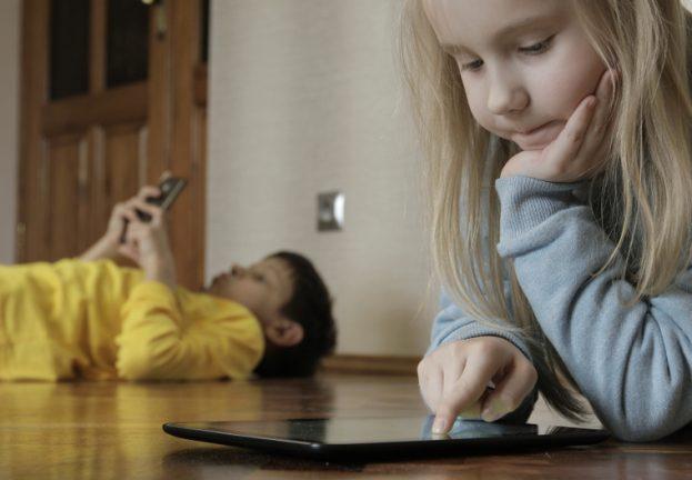 Protecting_KidsOnline-623x432.jpg