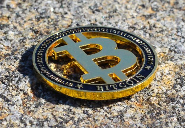 bitcoin-3333541_1920_2-Copy-623x432