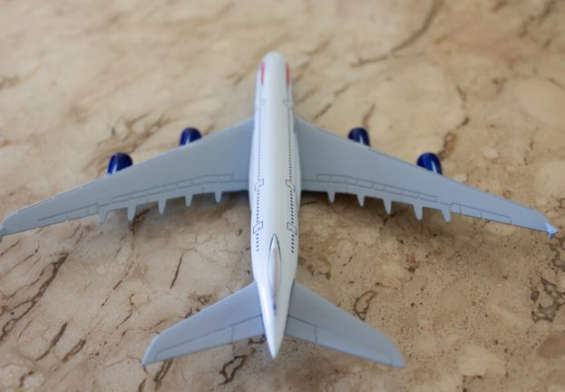 airplane-1-623x432.jpg