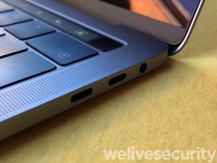 Figure-1.-Two-Thunderbolt-3-ports-on-a-MacBook-Pro-768x578